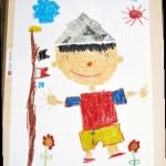 """年長組になっての折り紙製作!元気いっぱい""""かぶと""""の絵を描きました!"""